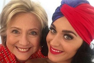 La prima donna in corsa per la Casa Bianca: le star sostengono Hillary Clinton sui social