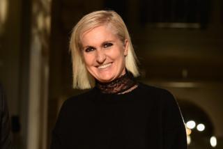 Maria Grazia Chiuri, prima donna alla guida di Dior: la stilista lascia Valentino?