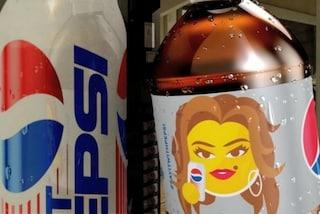 Cindy Crawford diventa un'emoji: l'omaggio di Pepsi alla top model degli anni '90