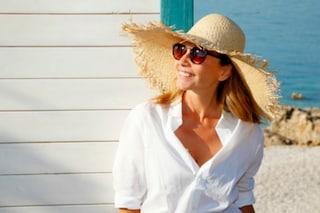 L'abbronzatura non va più di moda: quest'anno le donne mature dicono no alla tintarella