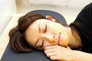 Come scegliere il cuscino giusto per dormire?