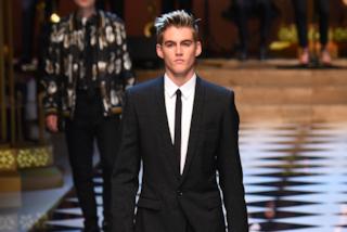 Cindy Crawford mamma fiera: il figlio in passerella per Dolce&Gabbana