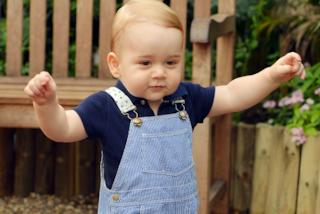 Alfie, il bambino di 10 mesi uguale al principino George