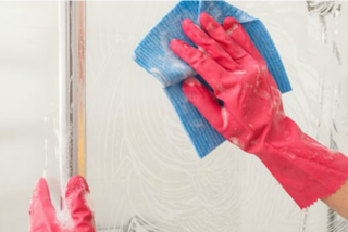 Gli 8 rimedi della nonna per le pulizie domestiche