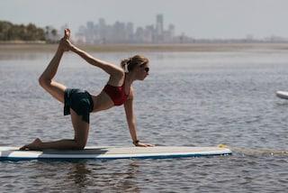Stand-up paddle, come tenersi in forma in estate sulla tavola da surf