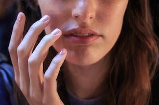 Unghie gialle: tutti i rimedi naturali per sbiancarle e cosa fare per prevenirle
