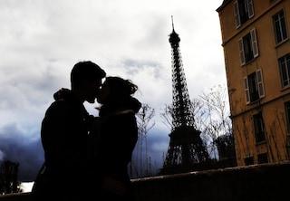 Giornata internazionale del bacio: il gesto semplice e romantico che fa impazzire tutti