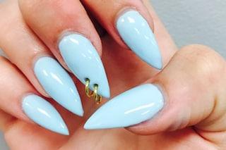 Le unghie della settimana: è il momento del piercing alle unghie