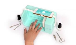 Manicure con lo smartphone? Ora è possibile grazie alla stampante per unghie