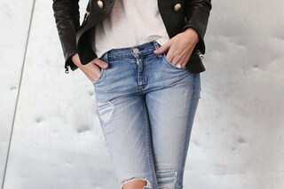 Da Kate Moss a Carla Bruni: 101 star mettono all'asta i loro jeans per i rifugiati