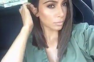 Kim Kardashian e il lob asimmetrico: nuovo look in diretta Snapchat
