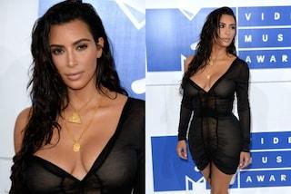 L'inganno di Kim Kardashian: sembra nuda sul red carpet degli Mtv VMA 2016