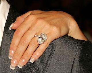 Un diamante non è per sempre: dopo la rottura l'anello va restituito all'ex fidanzato