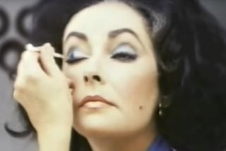 Il primo video tutorial di make-up della storia? E' stata Elizabeth Taylor a realizzarlo