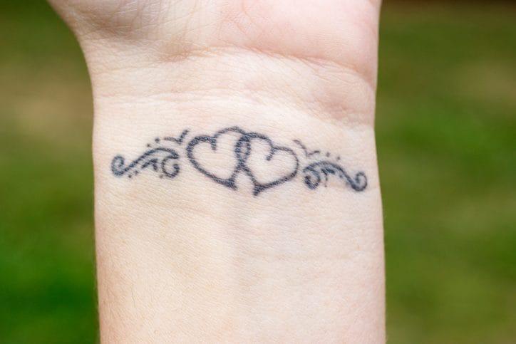 Tatuaggi Piccoli 5 Idee A Cui Ispirarsi Per Disegni Femminili Ed