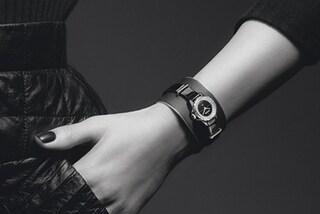 """J12 XS: l'orologio Chanel in formato """"mini"""" da abbinare a bracciali e anelli"""