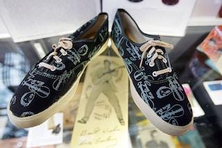 Come decorare le scarpe da ginnastica: idee per abbellirle e personalizzarle