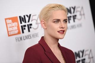 Kristen Stewart ritorna bionda: il look androgino dell'attrice