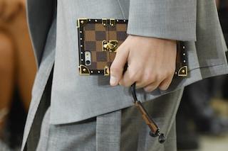 L'iconica borsa Louis Vuitton diventa una cover per smartphone