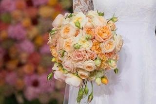 Perde 50 kg prima del matrimonio: l'incredibile trasformazione della sposa