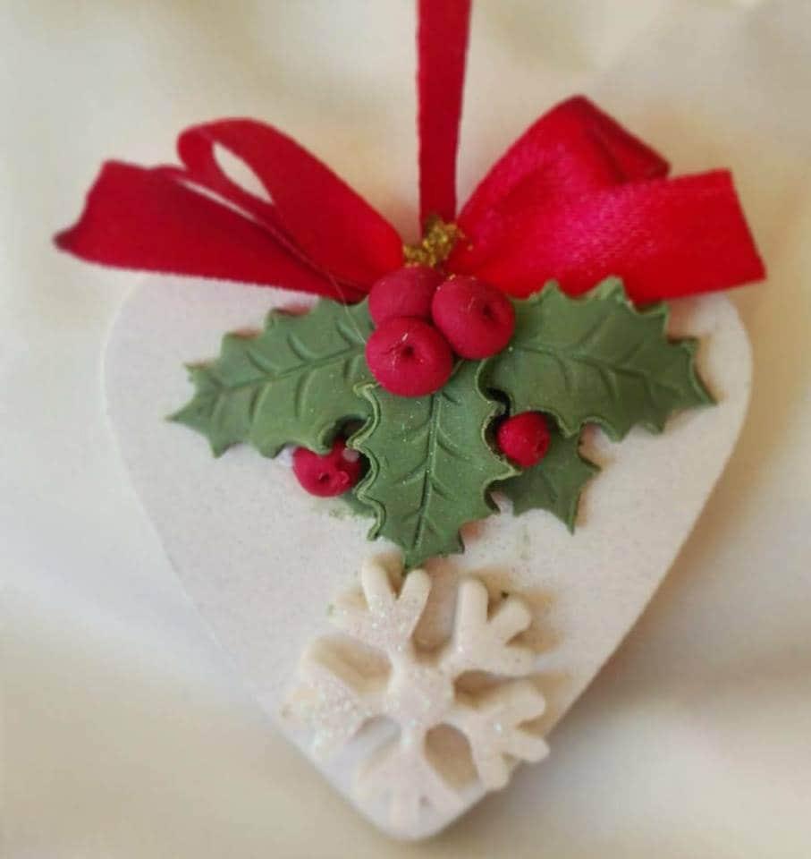 Stelle Di Natale Da Costruire decorazioni natalizie con la pasta di mais: idee per addobbi