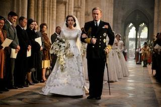 """L'abito più costoso mai visto in TV? Quello di Elisabetta II nella serie """"The Crown"""""""