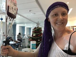"""""""Non importa quanto sono positiva, morirò"""": Connie mostra la cruda realtà del cancro"""