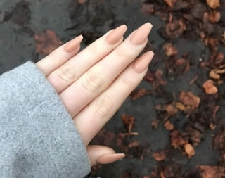 Unghie a ballerina: come realizzare le coffin nails