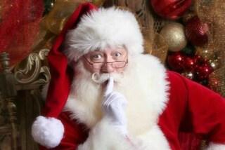 A 5 anni il bimbo muore tra le braccia di Babbo Natale: incontrarlo era il suo sogno