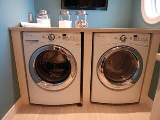 Come lavare il bucato in lavatrice: le regole da seguire per un risultato perfetto