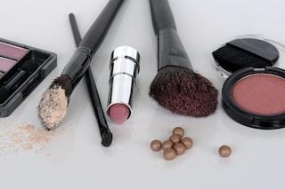 Un frigo in camera: il trucco usato da molte donne per conservare i prodotti di make-up