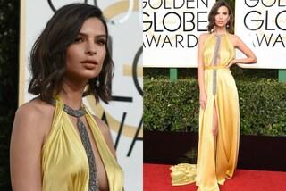 Nuovo taglio e scollatura hot: Emily Ratajkowski ai Golden Globes 2017