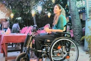 """""""Parto per l'India in sedia a rotelle"""": la passione di Simona non conosce barriere"""