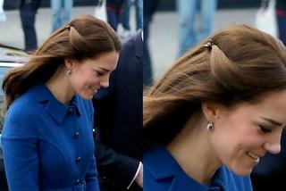 La semplicità di Kate Middleton: la principessa lega i capelli con delle mollettine