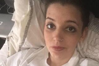 """""""Non c'è nessun legame"""": la mamma piange dopo aver visto la foto con il figlio appena nato"""