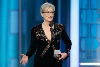 Meryl Streep ai Golden Globes 2017: occhiali e coraggio sul palco dello show