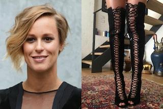 Federica Pellegrini in versione hot: gli stivali sexy fanno impazzire i social