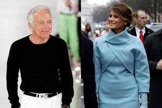 """Ralph Lauren boicottato sul web dopo aver vestito Melania Trump: """"Supporta l'oppressione"""""""