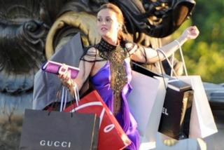Dimagrire facendo shopping: ecco quante calorie si perdono in periodo di saldi