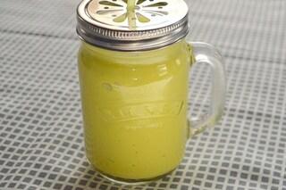 Succo di ananas e zenzero: proprietà e ricetta della bevanda energizzante