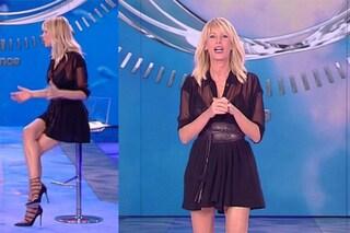 Alessia Marcuzzi, sexy trasparenze per la terza puntata dell'Isola dei famosi 2017
