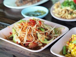Alimenti che accelerano il metabolismo: tutti i cibi per bruciare grassi