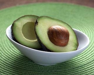 Avocado: tutti i modi per utilizzarlo in cucina e per la bellezza