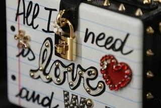 Di cosa ha bisogno una donna? Amore e Wi-Fi. La provocazione di Dolce&Gabbana