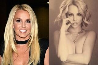 Il topless di Britney Spears: la popstar si mostra senza veli sui social