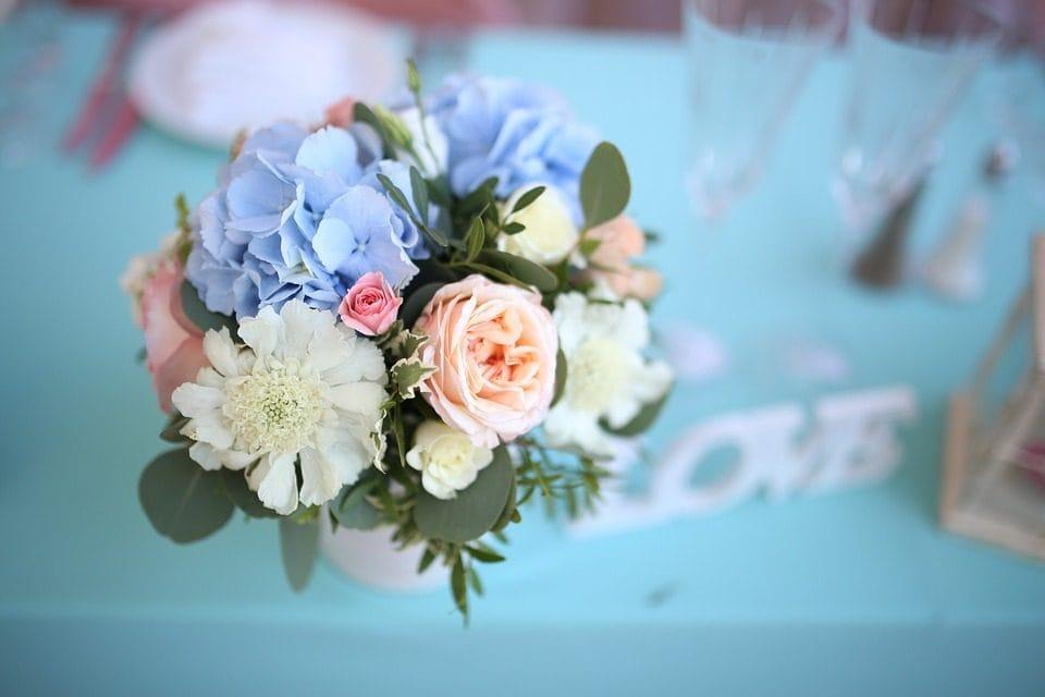 0fabf7838889 ... creando una sorta di wish list da proporre al fioraio così sa dare  maggiore rilevanza a determinati fiori piuttosto che altri anche in base ai  costi.