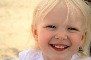 La canzone della felicità: ecco la musica che fa sorridere i bambini