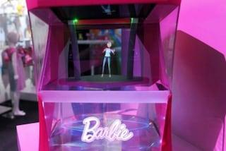"""""""Hello Barbie"""", la bambola più famosa al mondo diventa un ologramma"""
