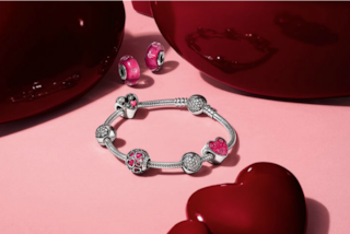 Gioielli Pandora per San Valentino 2017: tutte le idee regalo