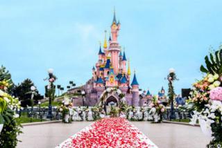 Vuoi un matrimonio da fiaba? Da oggi puoi sposarti a Disneyland Paris